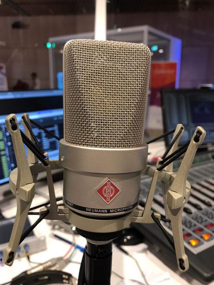 con il nostro Georg Neumann GmbH, anche a Milano la voce è più .....